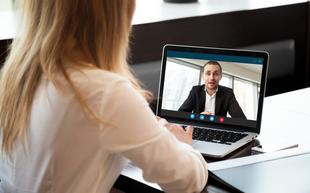 8 Expert Tips for Virtual Meetings & Interviews